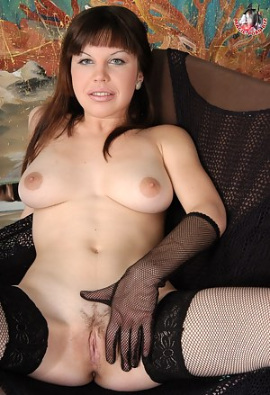Russian MILF Porn Pictures