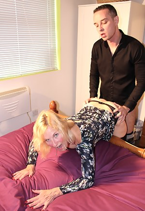 MILF Clothed Sex Porn Pictures